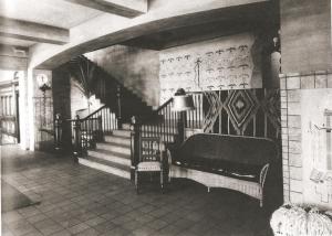 "El Navajo Interior, 1923 in Berke, ""Mary Colter: Architect of the Southwest"", p.133"